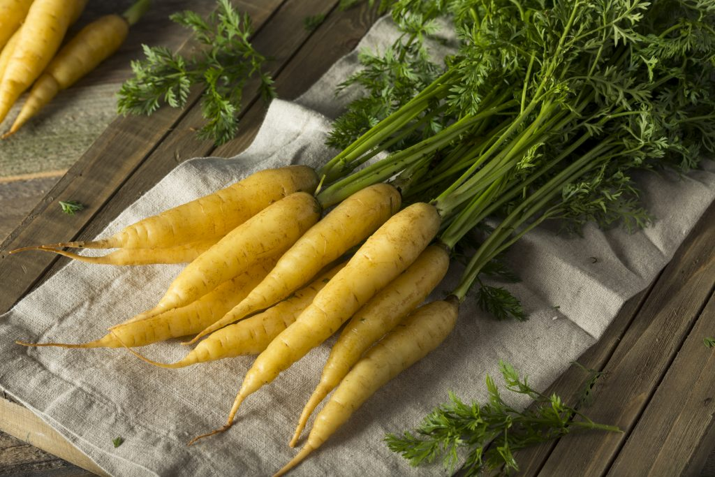 желтая морковь