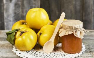 Как приготовить варенье из айвы с грецкими орехами